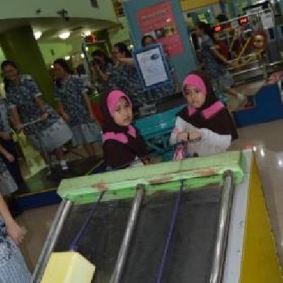 Sekolah Inklusif Berkarakter dan Berbasis Nilai Islam TMII8