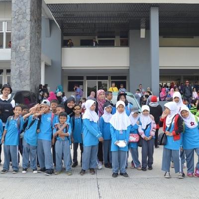 Sekolah Inklusif Berkarakter dan Berbasis Nilai Islam 1